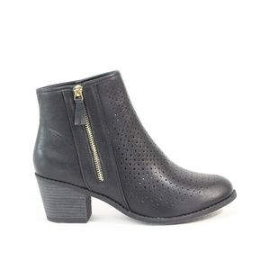 JC Journee Collection Black Boots Women Ankle Boot